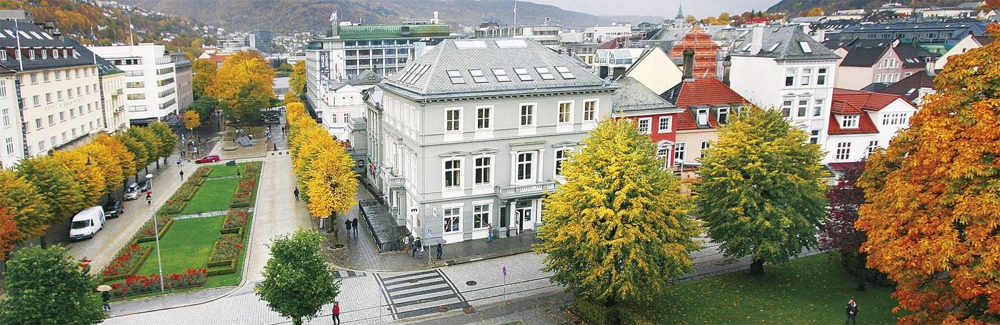 huset_banner.jpg
